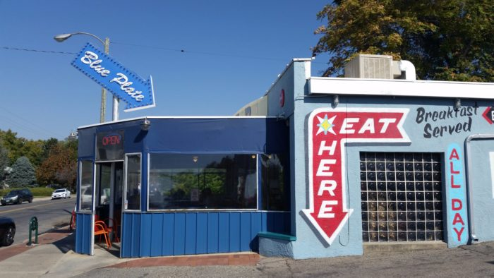 Blue Plate Diner Is A 1950s Themed Diner In Salt Lake City