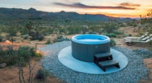 This Epic Hot Tub Hideway In The Middle Of Nowhere Is The Stuff Of Bucket List Dreams