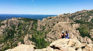 The Short Hike In South Dakota That Leads To A Panoramic, 360-Degree View