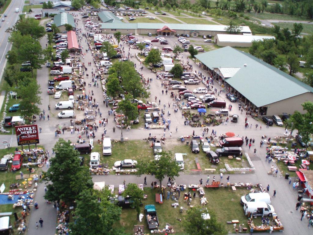 Flea Market Miami >> Antique World Is The Best Flea Market In Buffalo
