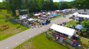 The World's Longest Yard Sale Goes Through 6 States And It's As Amazing As It Sounds