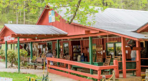 This Restaurant Way Out In The North Carolina Countryside Has The Best Doggone Food You've Tried In Ages