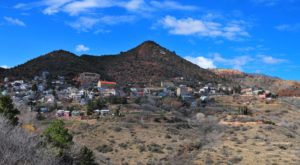 The Hilltop Town In Arizona That's Surrounded By The Most Beautiful Scenery