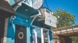 Dive Into Delaware's 10 Best Oyster Bars For An Unforgettable Meal