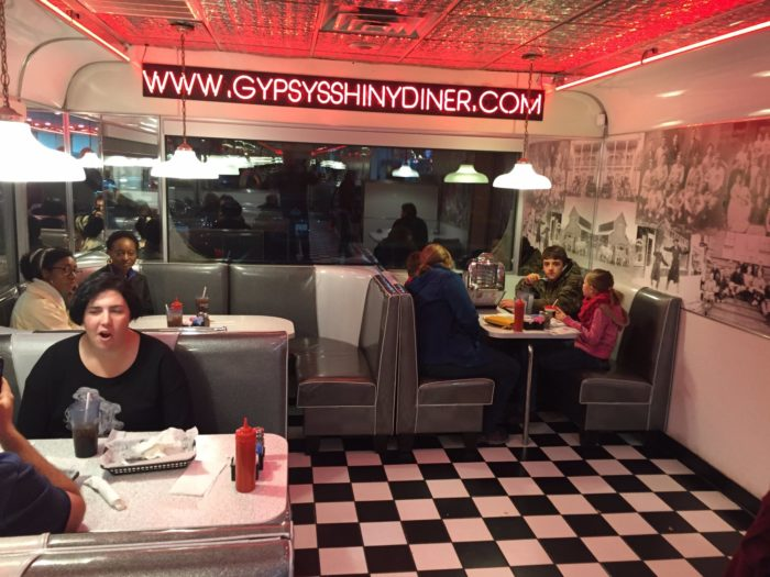 Gypsy's Shiny Diner In North Carolina Is A Perfect 1950s ...  Gypsy's Shi...