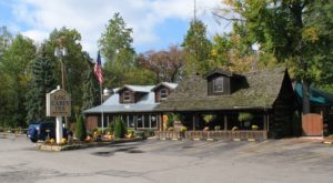 The Remote Cabin Restaurant Just Outside of Pittsburgh That Serves Up The Most Delicious Food