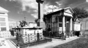 These 10 Photos Of Aboveground Cemeteries In New Orleans Are Hauntingly Beautiful