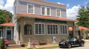 This Idyllic Kentucky Inn Looks Straight Out Of A Romance Novel