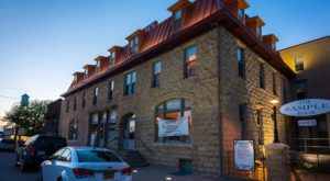 The History Behind This Remote Hotel In Kansas Is Both Eerie And Fascinating