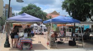 The Awesome Outdoor Art Market In Austin That's Full Of Unique Treasures