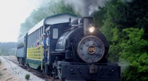 A Ride Aboard This Old-Fashioned Train In South Carolina Will Take You Back In Time