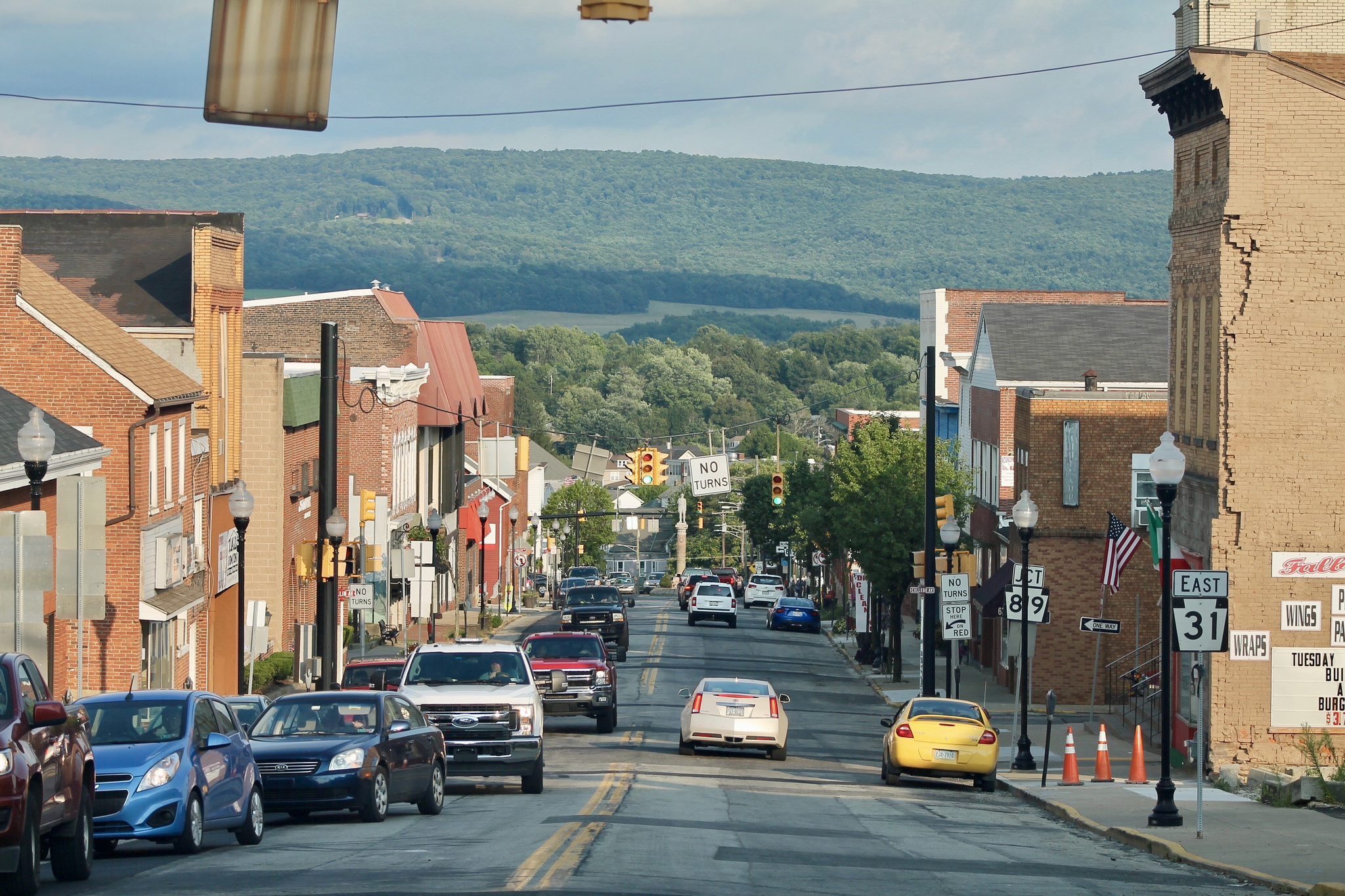 14 Friendly Small Towns Near Pittsburgh
