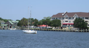The Tiny Beach Town In North Carolina You've Never Heard Of But Need To Visit