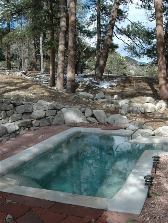 Colorado S Alpine Hot Springs Hideaway Comes With Its Own