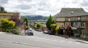 This Is The Artsiest Town In Oregon And You'll Want To Visit
