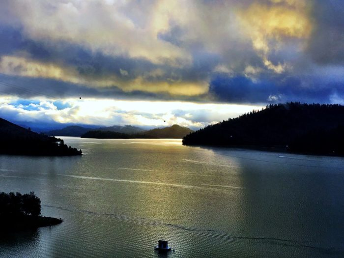 Rent A Houseboat In Northern California At Lake Shasta