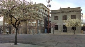 The Haunted Jail Tour In Small Town Arizona That Will Chill You To The Bone