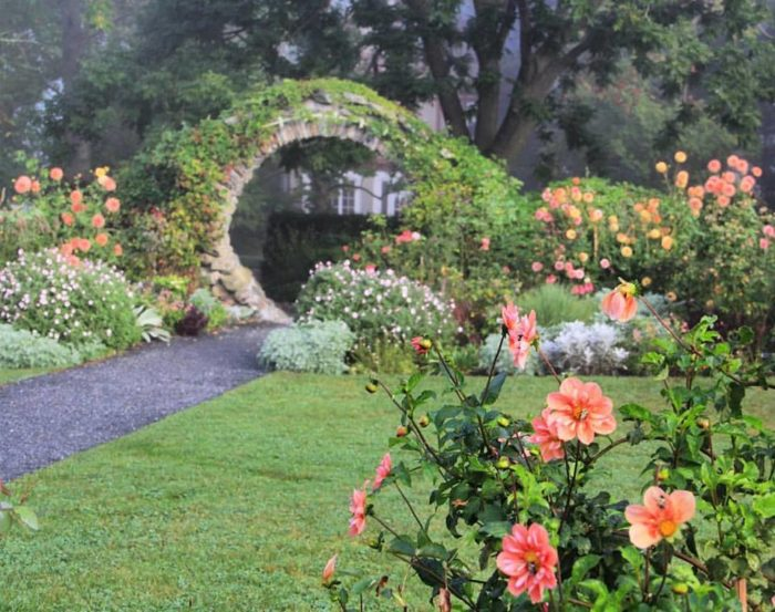 This Secret Garden Hike At Blithewold Mansion And Gardens In Rhode ...