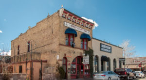 Here Are 7 Haunted Places On Arizona's Route 66 That Will Spook You Into Oblivion