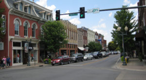 7 Small Towns Near Nashville Where You'll Want To Settle Down For Good