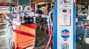 You'll Want To Fuel Up At This Gas Station-Themed Restaurant In Washington