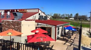 This Small Town Missouri Pub Has Some Of The Best Food In The Midwest