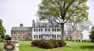 Spend The Night At This Civil War-Era Inn That's So Perfectly Virginia