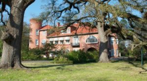 This Louisiana Castle Hiding In Plain Sight Is What Fairytales Are Made Of