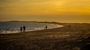 The Best Beach Walk In The State Is Hiding In This Coastal Rhode Island Town