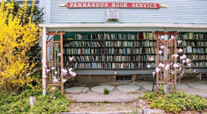 This 3-Story Book Shop In Massachusetts Is A Book Lover's Dream
