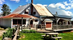 This Small Town Vermont Pub Has Some Of The Best Food In The Northeast