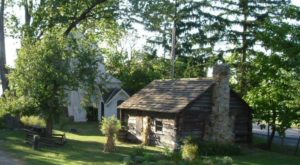 Most People Have No Idea This Charming Village Is Hiding Just Outside Of Cleveland