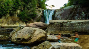 The Hike To This Secluded Waterfall Beach In North Carolina Is Positively Amazing
