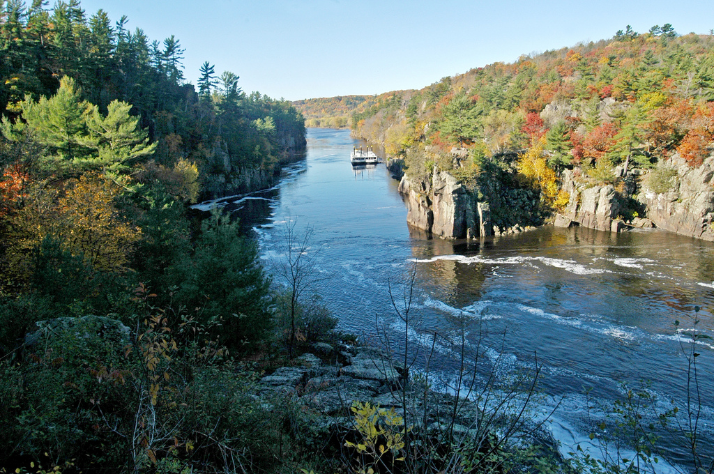 Interstate state park is the oldest state park in wisconsin for Hudson river fishing spots