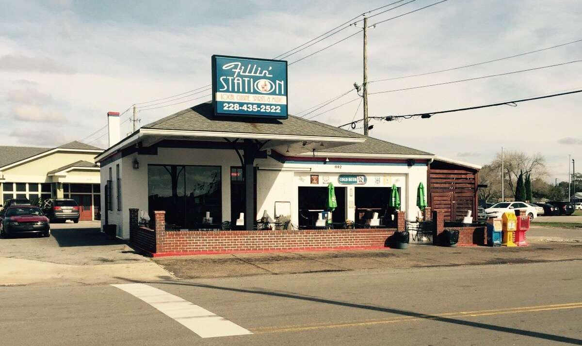Gulf Gas Station >> The Biloxi Fillin' Station: One of Mississippi's Most Unique Restaurants