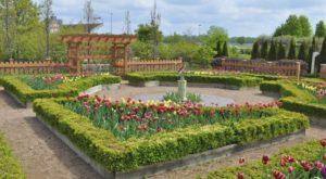 The Secret Garden Hike In Iowa Will Make You Feel Like You're In A Fairytale
