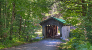 10 Sleepy Small Towns In Vermont Where Things Never Seem To Change
