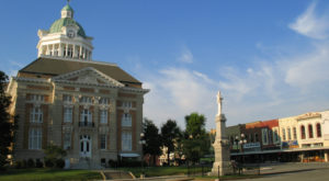 10 Small Towns In Tennessee Where You'll Want To Settle Down For Good