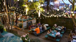 This Garden Restaurant May Be The Most Enchanting Place To Eat In All Of Mississippi