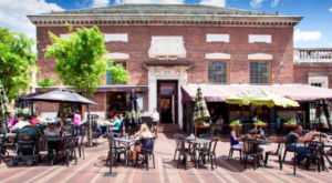 This Restaurant In Vermont Used To Be A Bank And You'll Want To Visit