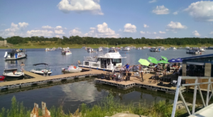 This Floating Restaurant Has Some Of The Most Enchanting Waterfront Views In Iowa