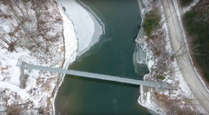 The Beautiful Bridge Hike In Vermont That Will Completely Mesmerize You