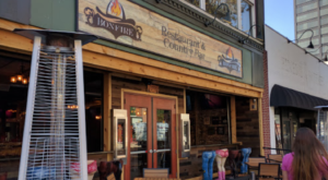 This Country-Themed Bar In New Hampshire Is A Must-Visit