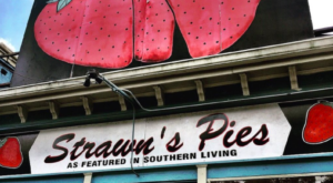 You'll Definitely Want To Save Room For Dessert At These 6 Louisiana Restaurants