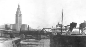 14 Rare Photos Taken During Terminal Tower Construction That Will Simply Astound You