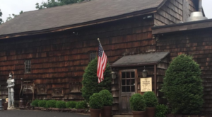 The Burger Barn In New Jersey That's So Worthy Of A Food Coma
