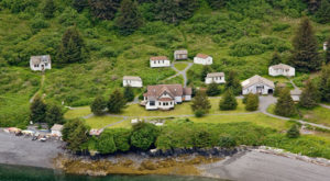 The Island Lodge In Alaska That Will Make You Feel A Thousand Miles Away From It All