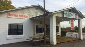The South Carolina Burger Joint In The Middle Of Nowhere That's One Of The Best On Earth