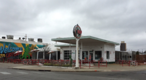 This Unique Bar In Oklahoma Used To Be An Old Gas Station And You'll Want To Visit