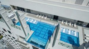 This Glass-Bottomed Swimming Pool In Texas Isn't For The Faint Of Heart